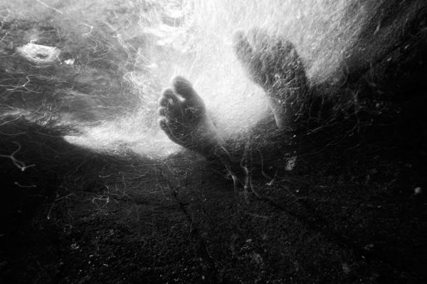 http://poesies-poetiques.cowblog.fr/images/pieds.jpg